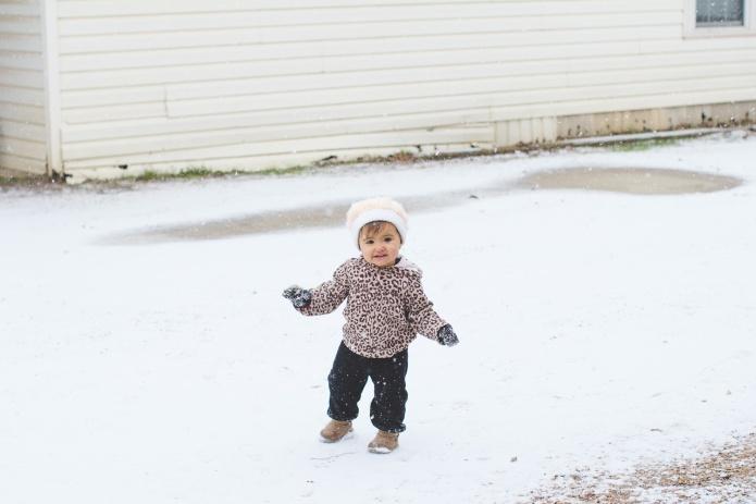 Lyla & Paisley snow-13