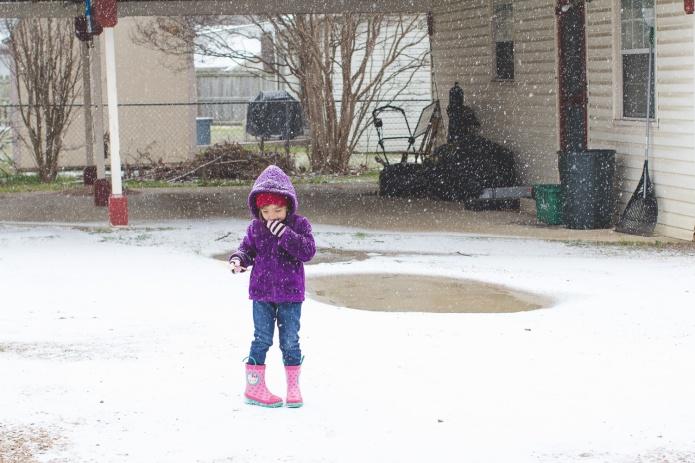 Lyla & Paisley snow-20