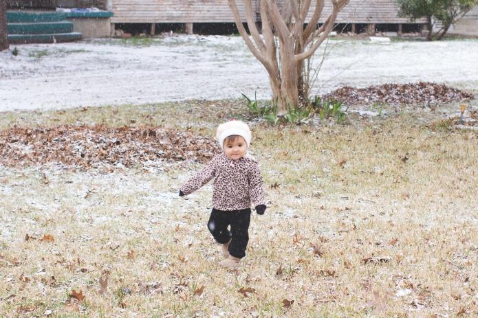 Lyla & Paisley snow-5