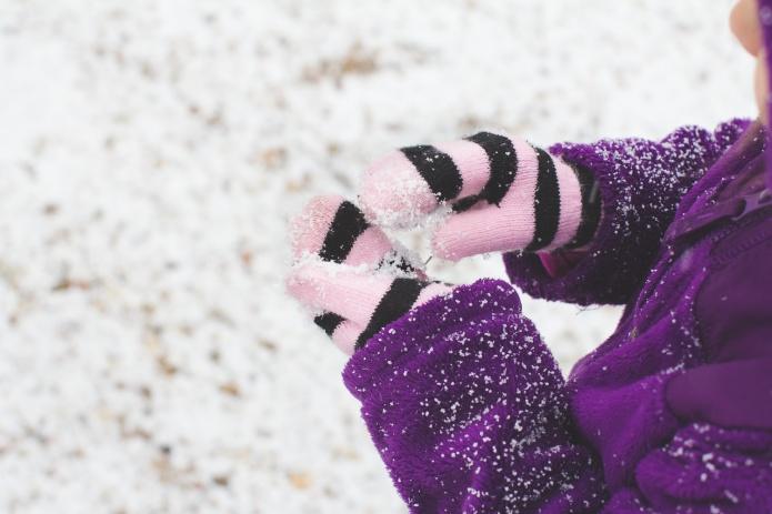 Lyla & Paisley snow-8